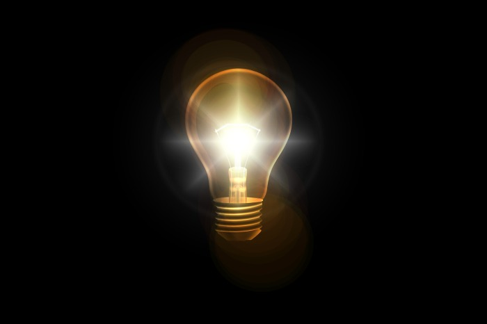 light-bulb-2010022_1920